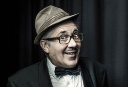 Photo for Count Arthur Strong