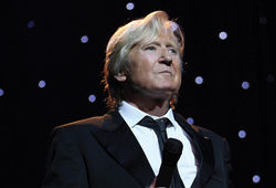 Photo for Joe Longthorne in Concert