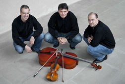 Martinu Trio, Prague