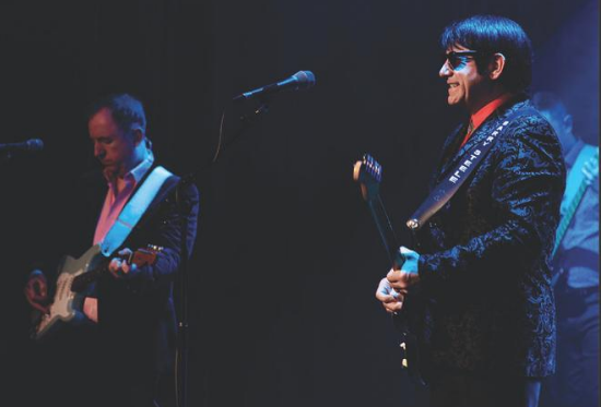 Barry Steele performing in The Roy Orbison Story