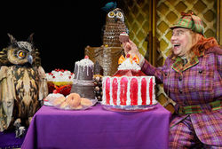 Watch out! David Walliams' AWFUL AUNTIE is coming to Bradford this Easter!