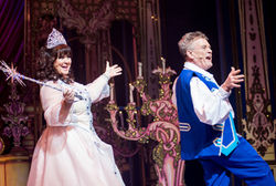 CINDERELLA PANTOMIME AT THE ALHAMBRA THEATRE, BRADFORD OPENS TO PACKED HOUSES!