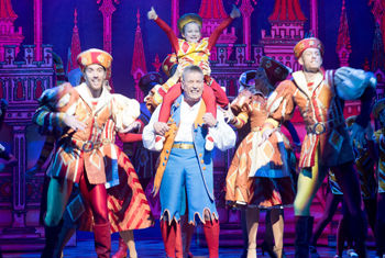 Alhambra Theatre in Bradford to stage Relaxed Performance for Snow White pantomime Tuesday 14 January 2020 at 6pm