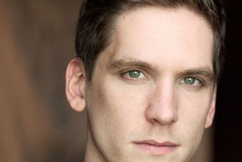 RSC ANNOUNCES THAT ELLIOT HARPER WILL TOE THE LINE AS MISS TRUNCHBULL IN THE UK & IRELAND TOUR OF MATILDA THE MUSICAL