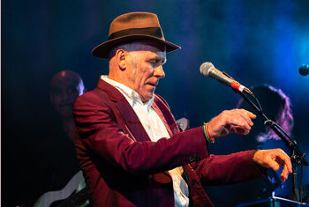 My Leonard Cohen Performed by Stewart D'Arrietta & his band