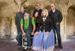 Photo for Steeleye Span In Concert